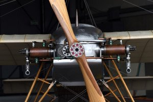 Oldtimermotor genau betrachtet an der Air14