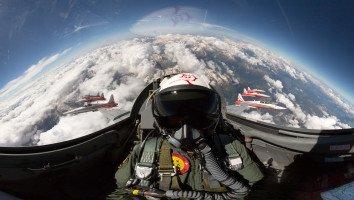 Im Cockpit der Patrouille Suisse